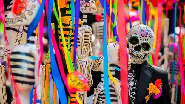 День мертвых и загробная свадьба: как почитают умерших в странах мира