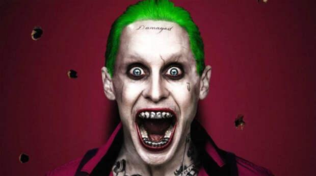 На фоне пугающе мрачного Джокера в «Темном рыцаре» почти незамеченным оказался образ главного антагониста Бэтмена в исполнении <b>Джареда Лето</b>. «Отряд самоубийц» (2016 год) с его участием не смог добавить ничего нового к этому персонажу, став лишь еще одной версией «золотого стандарта».