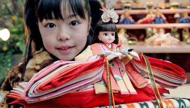 Как в Японии отмечают праздник девочек Хина мацури