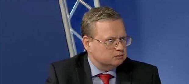Делягин в горизонтальном состоянии заявил, что война между Россией и Украиной не отменена, а лишь отложена