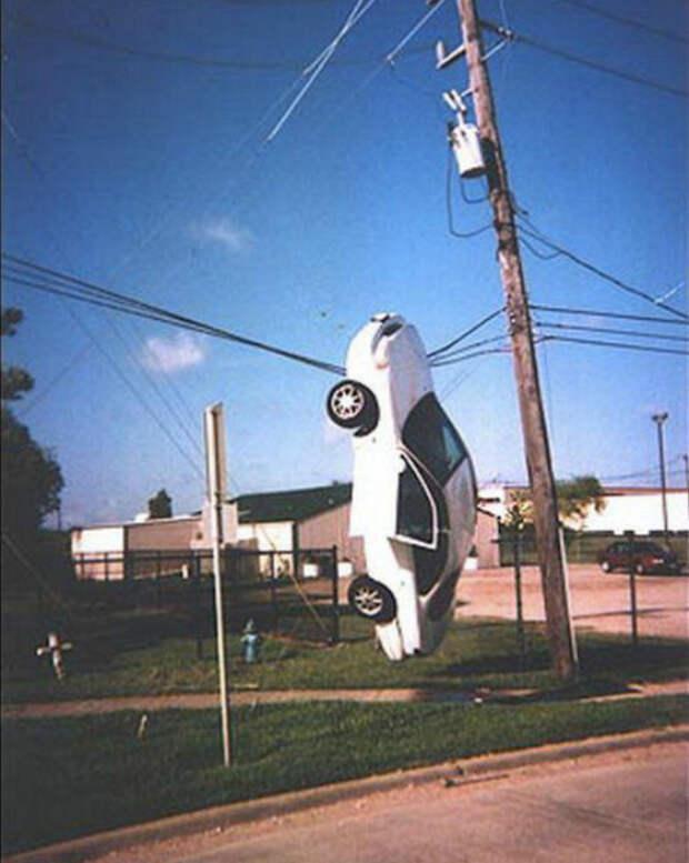 17 дорожно-транспортных происшествий, которые будто не обошлись без участия инопланетян