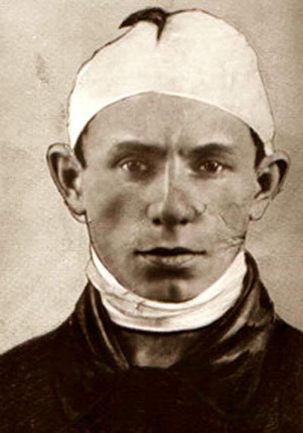 Лёнька Пантелеев после ареста