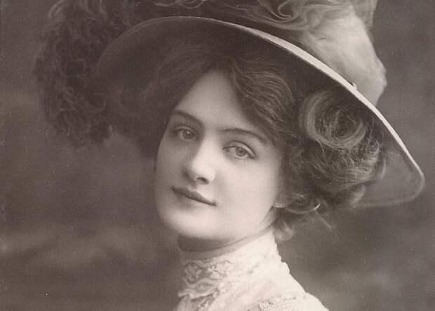Жизнь как вспышка: как сложилась судьба самой фотографируемой девушки начала XXвека