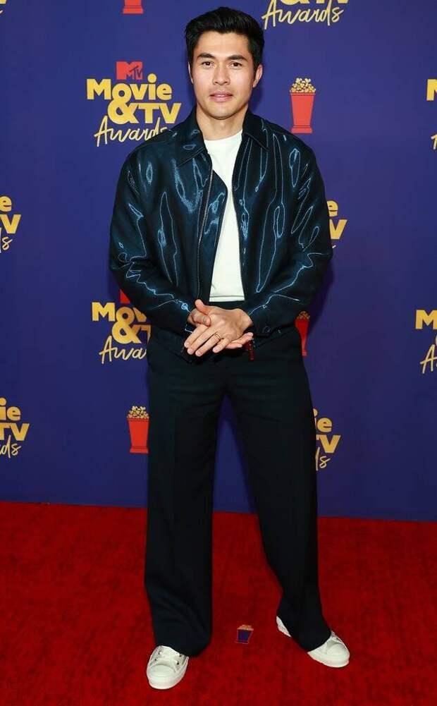 MTV Movie & TV Awards 2021: Скарлетт Йоханссон, Мэнди Мур и Элизабет Олсен
