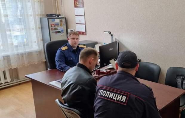 В Крыму полицейского арестовали за избиение предпринимателя и вымогательство