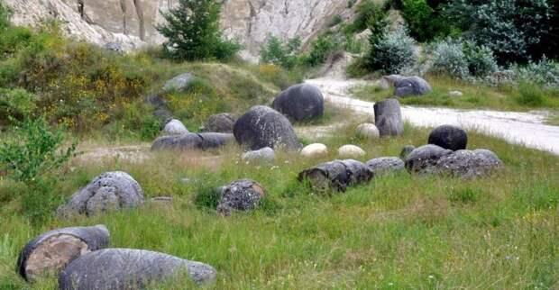 Трованты — удивительные «живые» камни Румынии, поставившие ученых в тупик