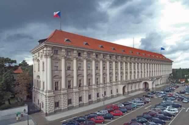 Посол РФ Александр Змеевский посетил МИД Чехии