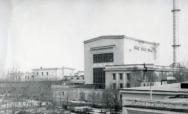 История атомной промышленности СССР. Военные против ученых.