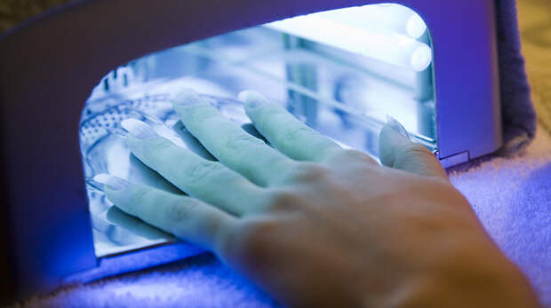 Риски для здоровья, которые скрывает лак для ногтей