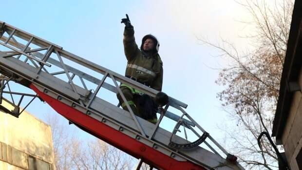 Один человек получил ожоги после взрыва газа в пятиэтажке в Свердловской области