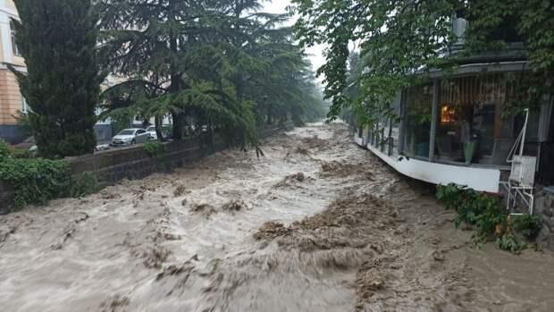 Ялту затопило из-за продолжительного дождя