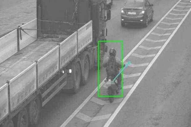 В Москве появилась камера, фиксирующая новое нарушение ПДД