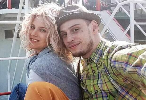 Ирина Тонева и ее муж Алексей Брижа   Фото: stuki-druki.com
