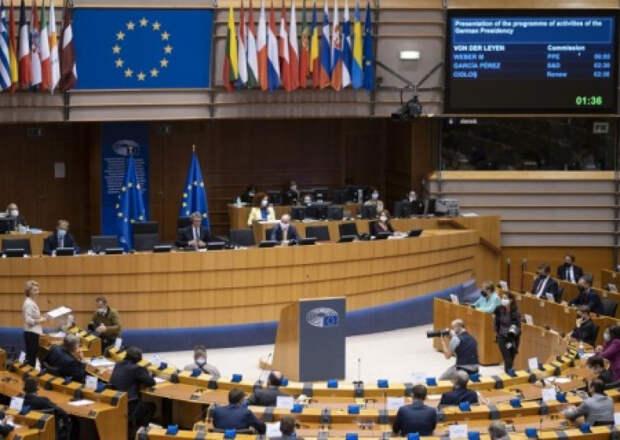 Европарламент не признал Лукашенко президентом и настаивает на санкциях