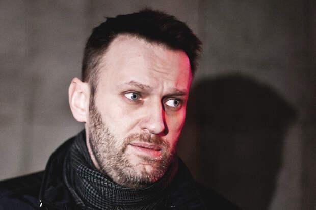 «Сильно кружится голова»: адвокат рассказал о состоянии Навального в колонии