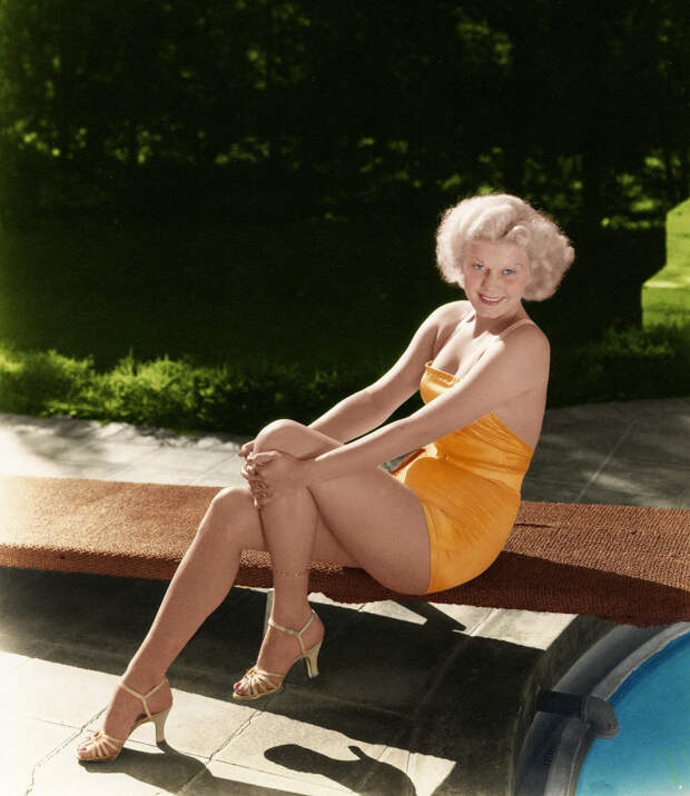 «Платиновая блондинка»: 11 лучших фильмов Джин Харлоу