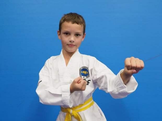 Школьник из Хорошёво-Мнёвников взял «золото» на чемпионате по тхэквондо