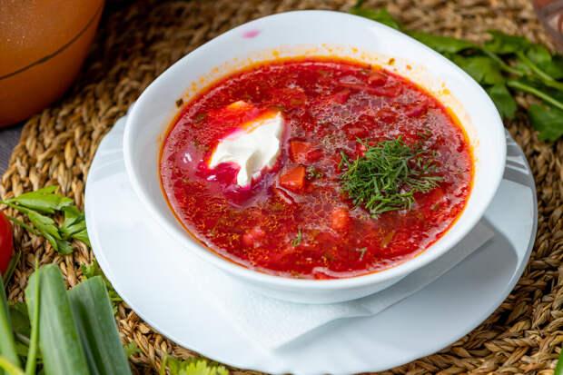10 блюд русской кухни, удивляющих иностранцев больше всего.