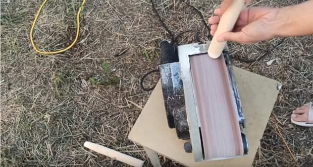 Превращаем сломанное ведро в табуретку для сада