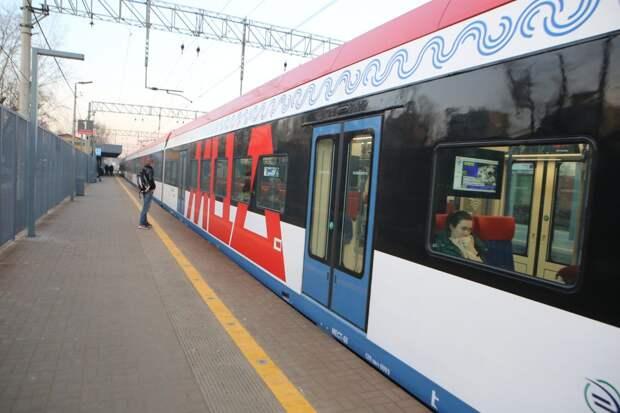 Движение поездов Савёловского направления возобновили после повреждения контактной сети