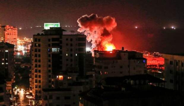 Обстрелы Израиля изсектора Газа продолжились вночь на16мая