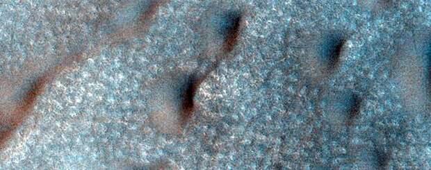 NASA опубликовало новые захватывающие снимки Марса, и вот — лучшие из них