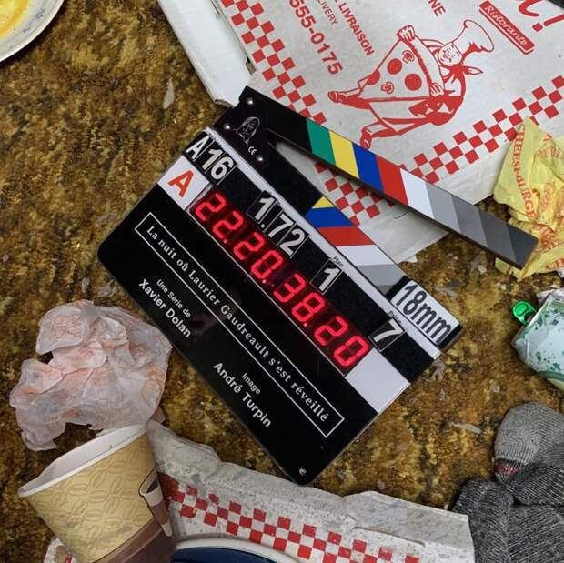 Ксавье Долан приступил к съёмкам сериала «Ночь, когда Логан проснулся»