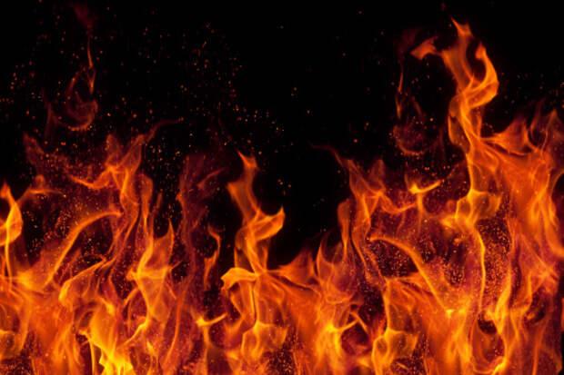 На Дмитровке произошло возгорание мусора