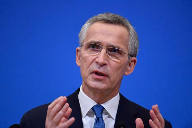 «Нестабильность в соседстве»: в НАТО сравнили поведение России и Белоруссии
