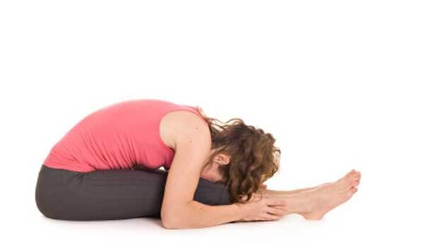 15 простых растяжек для облегчения боли в пояснице