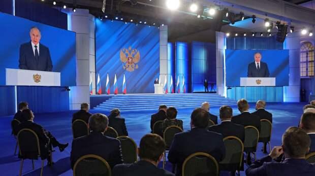 Президент Владимир Путин пообещал Красноярску помочь в строительстве метро