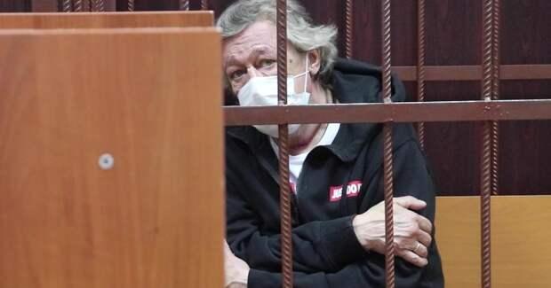 Большинство россиян уже простили Ефремова – надо давать условку