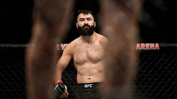 Орловский одержал 20-ю победу в UFC