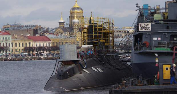 «Волхов» начал швартовые испытания в Санкт-Петербурге