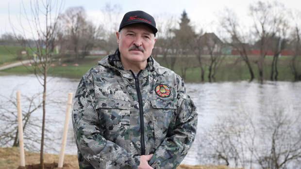 Лукашенко: Путин обсуждал с Байденом подготовку покушения спецслужбами США