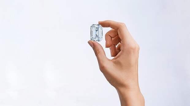 Крупнейший бриллиант российской огранки выставлен на продажу