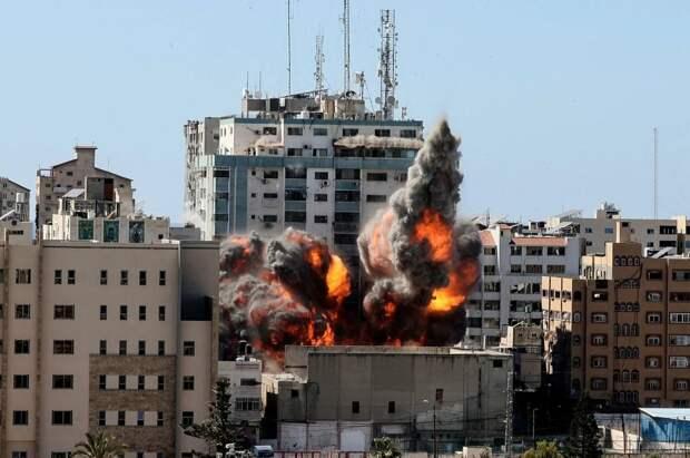 Лавров: Россия осуждает удары Израиля и Палестины по гражданским объектам