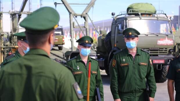 Росгвардейцы устроили персональные парады для ветеранов ВОВ в Москве