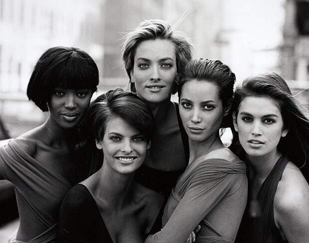 Вот как сейчас выглядят 7 супермоделей 90-х