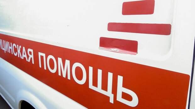 Медики госпитализировали двух детей и троих взрослых после ДТП под Волгоградом