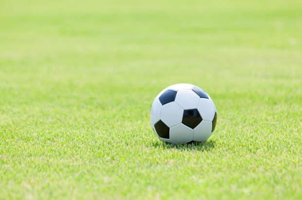 Пенсионеры смогут поиграть в футбол на стадионе на Большой Марфинской