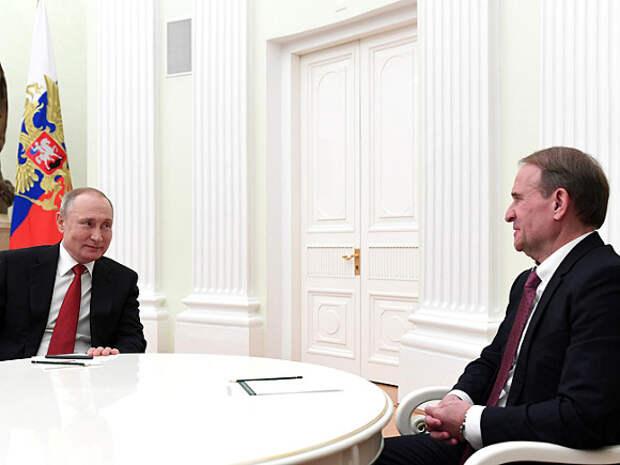 Кум Путина Медведчук прибыл на допрос в ГПУ
