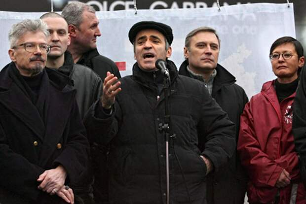 Народ и оппозиция: страшно далеки они в России друг от друга…