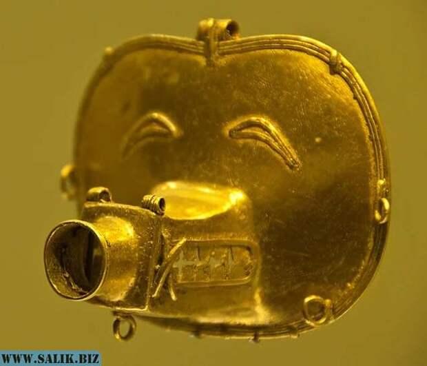 Обнаружен странный артефакт из коллекции золота в Боготе, Колумбия