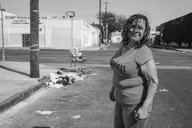 Фотограф провел десять лет, документируя жизнь бездомных в Лос-Анджелесе