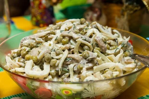 вкусные и необычные салаты на новый год