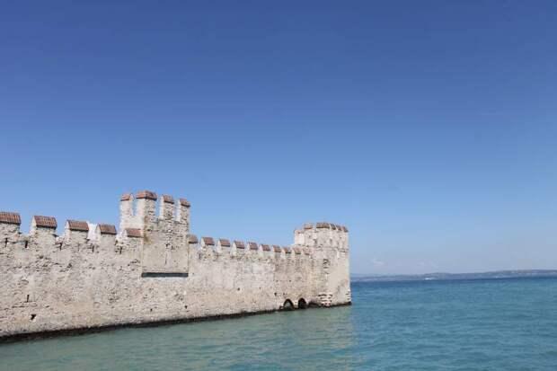 История в камне. Замок Скалигеров на озере Гарда