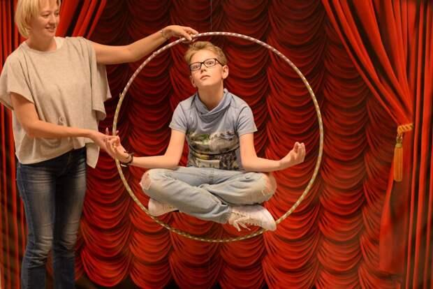 Программа «Экскурсия с представлением» в Музее фокусов и иллюзий