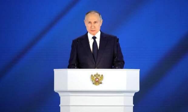 Владимир Путин согласился сделать дни между майскими праздниками нерабочими