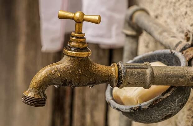Воду отключили в Севастополе и Керчи